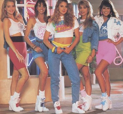 Best 1980s Outfit Will Win a Bitchin\u0027 Prize at Quizzo Bowl